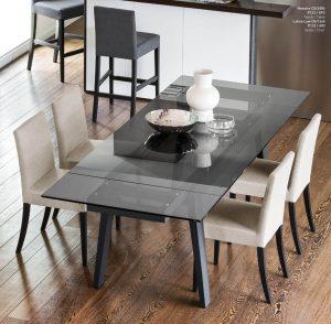 Jedálenský stôl Maestro