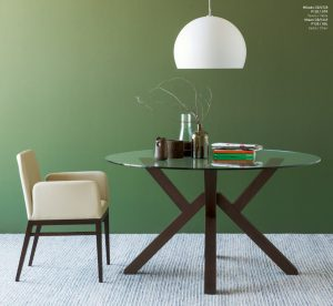 Jedálenský stôl Mikado